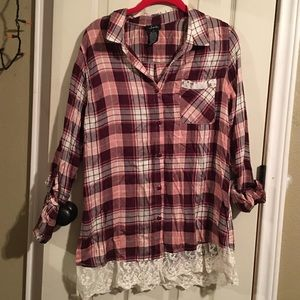 Justify Plaid button-down with lace at the bottom